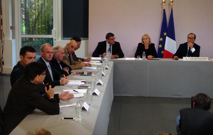Réunion du 10 octobre 2014 avec François Hollande et les acteurs engagés dans la lutte contre la pauvreté